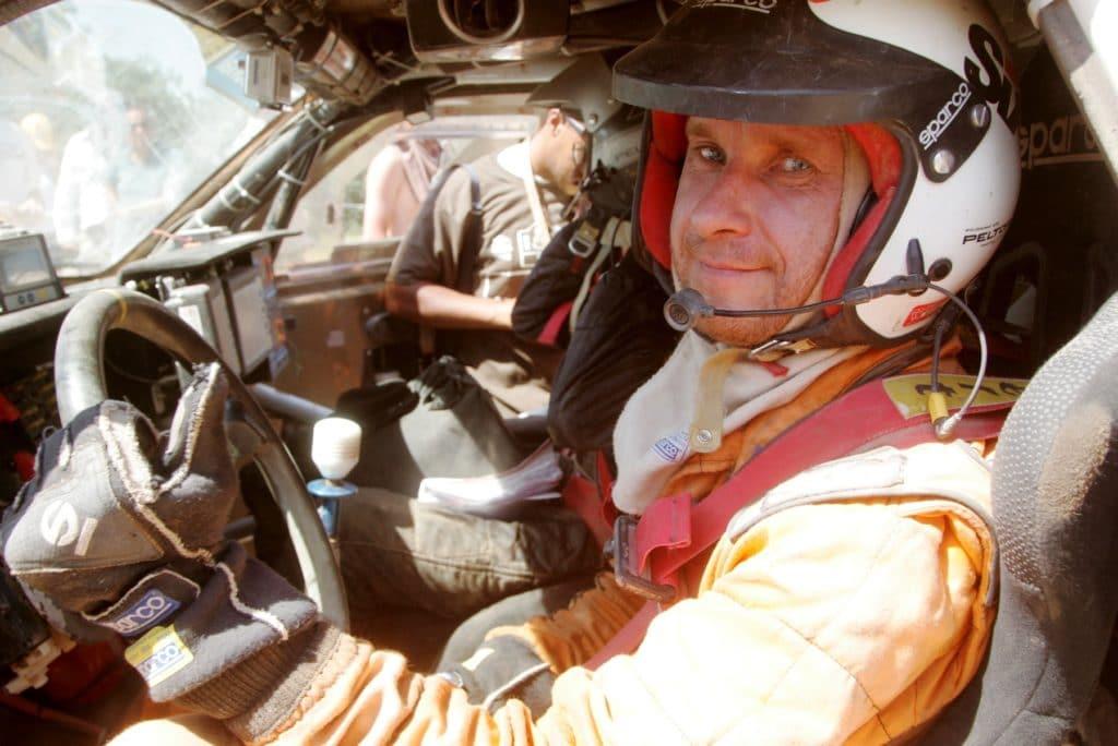 Автогонщики часто травмируют позвоночник