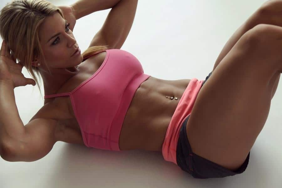Совершение физических упражнений без предшествующего разогрева мышц