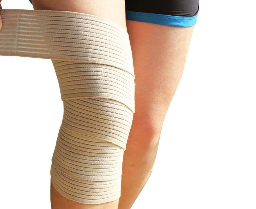 Накладывание эластичного бинта на коленный сустав