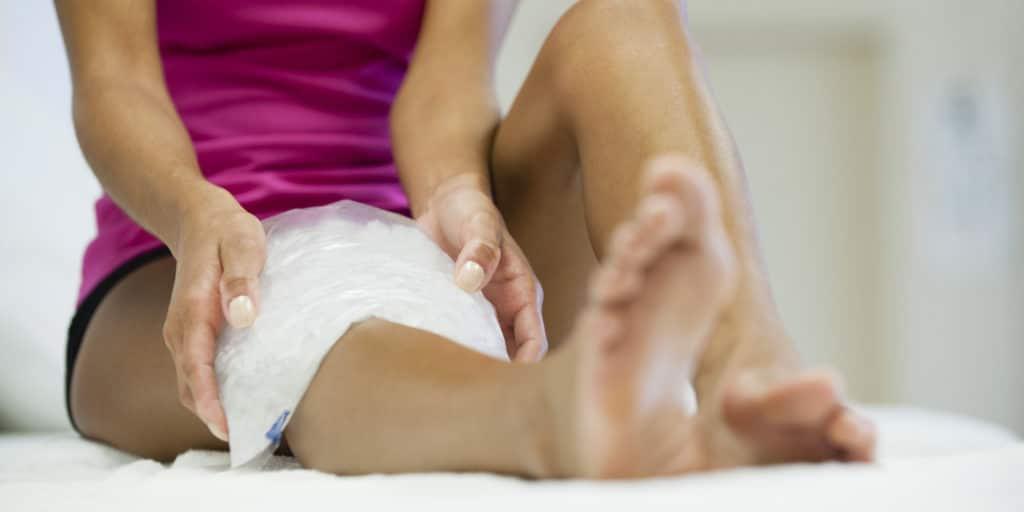 Вывих ноги: компрессы на ногу